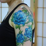 Choosing a flower tattoo according to the blue color