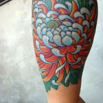 Chrysantemum Tattoo on Hand